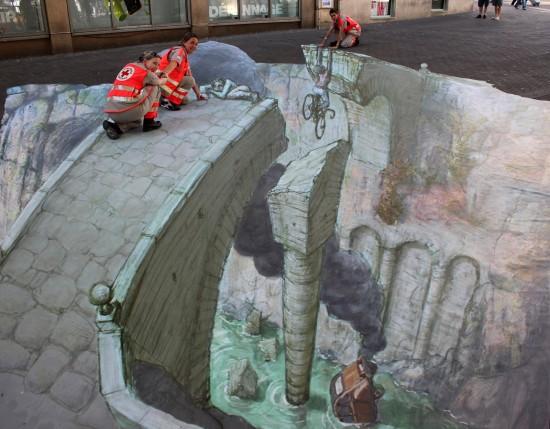 Street-Art-12-550x429