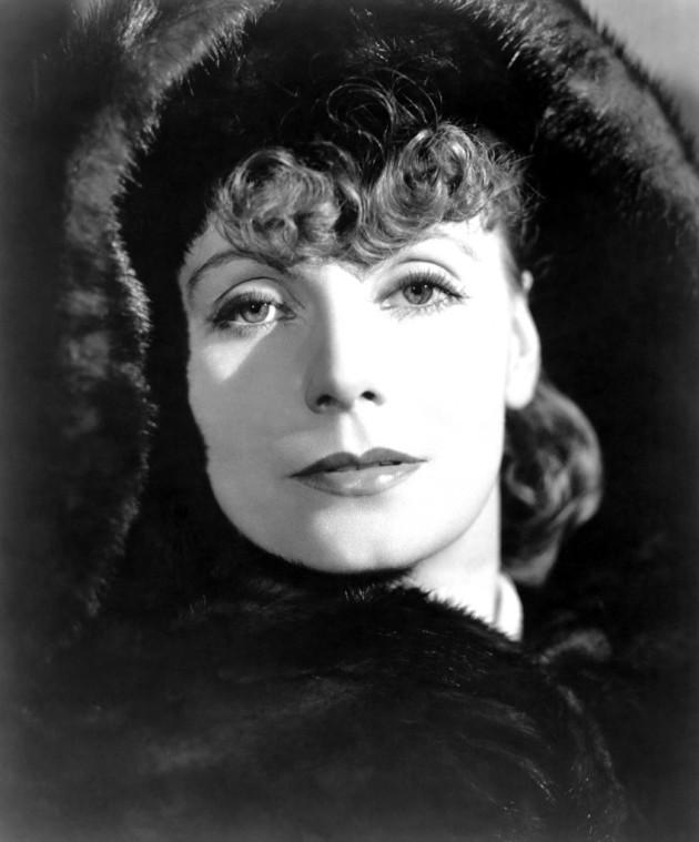 Greta Garbo, a primeira a viver no cinema a heroína de Tolstói