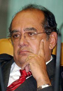 Para Jânio de Freitas, Gilmar Mendes é o nome da crise