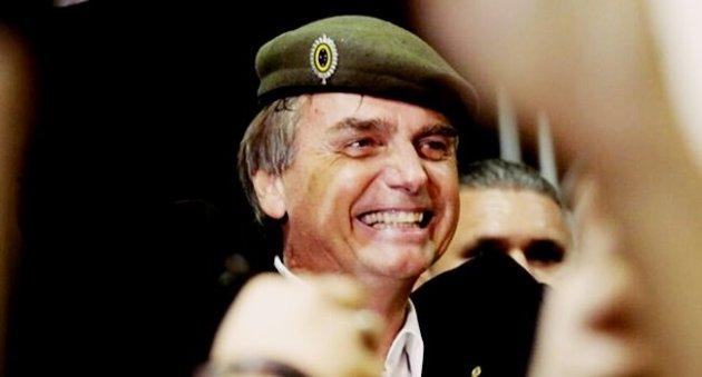 Juremir Machado: Brasil será asfixiado pela mentalidade do 'homem medíocre' — Educação Política